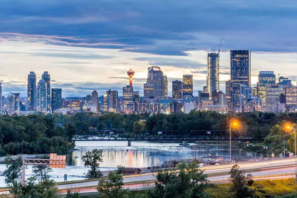 Calgary, built on the boom and bust cycle of the Canadian oil industry, hopes to be the new home of Amazon's HQ2.